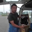 今週も雄勝仮設住宅にて野菜配布をしました。  毎週、ご協力頂いている、おらほの屋提携農家の斉藤さん。 土内廃校プロジェクトの校長も努めております。 斉藤さんの方からも野菜を援助してもらい、石巻市へと配達してい...